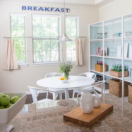 Andrea Wojciak - Interior Designer - Bright Kitchen